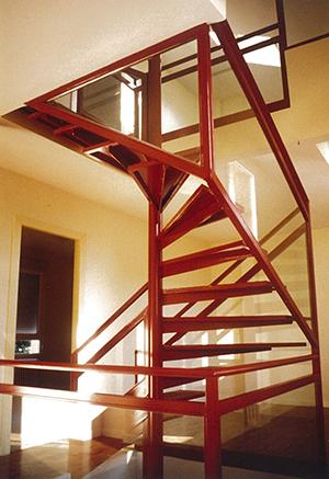 01-escalera-vivienda-calle-mostoles-madrid-arquitectos-savorelli-noguerales-SN
