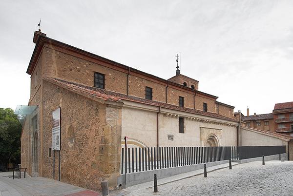 01-rehabilitacion-iglesia-santa-eulalia-segovia-arquitectos-savorelli-noguerales-sn