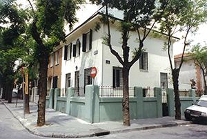 02-vivienda-unifamiliar-aislada-reforma-colonia-fuente-del-berro-madrid-arquitectos-savorelli-noguerales-SN