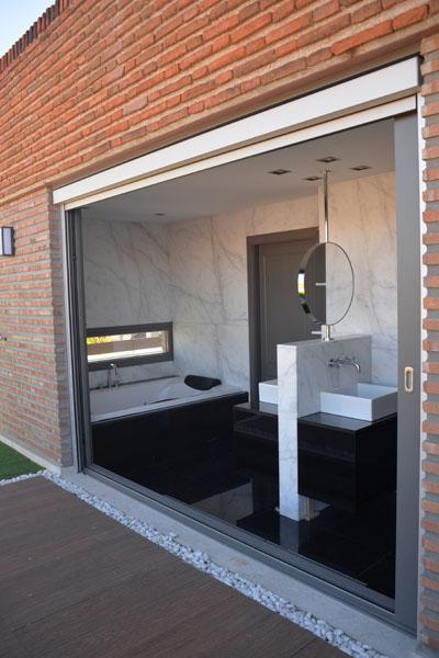09-detalle-baño-atico-el-viso-madrid-arquitectos-savorelli-noguerales-SN