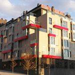 portada-edificio-74-viviendas-vereda-ganapanes-peñachica-madrid-arquitectos-savorelli-noguerales-SN
